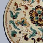 TALERZ, Tytus Sławiński, Kołomyja, ok. 1890, ceramika półmajolikowa śr. 20,5 cm